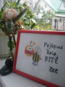 Bitė Zee